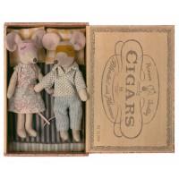 Maileg - Mama i Tata Myszka w pudełku po cygarach